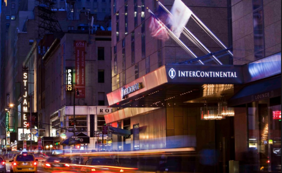 Eingang zu Intercontinental